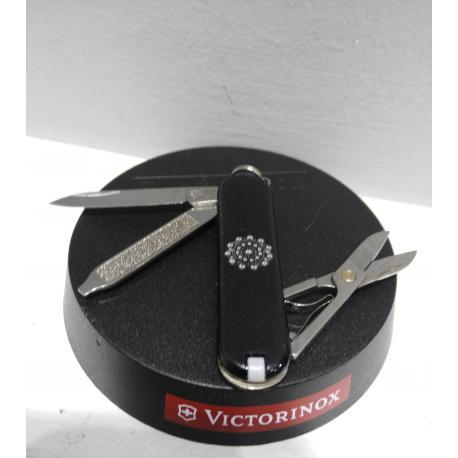 Navaja Victorinox botón charro 3D