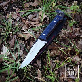⠀⠀⠀⠀⠀⠀⠀⠀⠀ Nuestro equipo sigue trabajando desde casa para darte lo mejor para tod@s vosotr@s❕❕ ⠀⠀⠀⠀⠀⠀⠀⠀⠀ ¿Quieres regalarle algo distinto a tu papá? 🧔👴 ⠀⠀⠀⠀⠀⠀⠀⠀⠀ 👉Este cuchillo de Muela, es la edición POINTER 12 MIRARTA NEGRA AZUL, si como lo lees su mango combina los colores negros y azules para que lo haga diferente🙃 ⠀⠀⠀⠀⠀⠀⠀⠀⠀ 🔝Seguimos entregando todos los pedidos web para que no se haga tan larga esta estancia en nuestros hogares🔝#knife #knifecollection #cuchillerialasburgas #cuchillosmuela #cuchillodemonte #pointer #edc #edcknife #experiencia #calidad #regalo #diadelpadre #sanjose2020 #montaña #supervivencia #yomequedoencasa #calidad